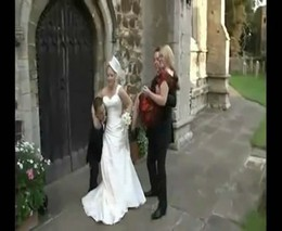 Уронил невесту