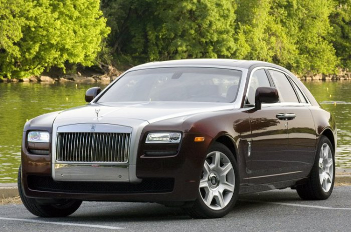 Rolls-Royce Ghost (15 фото)