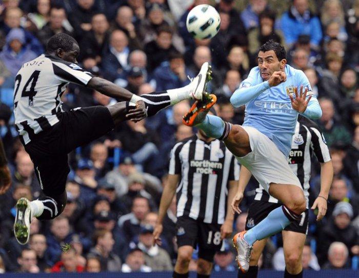Погоня за мячом (8 фото)