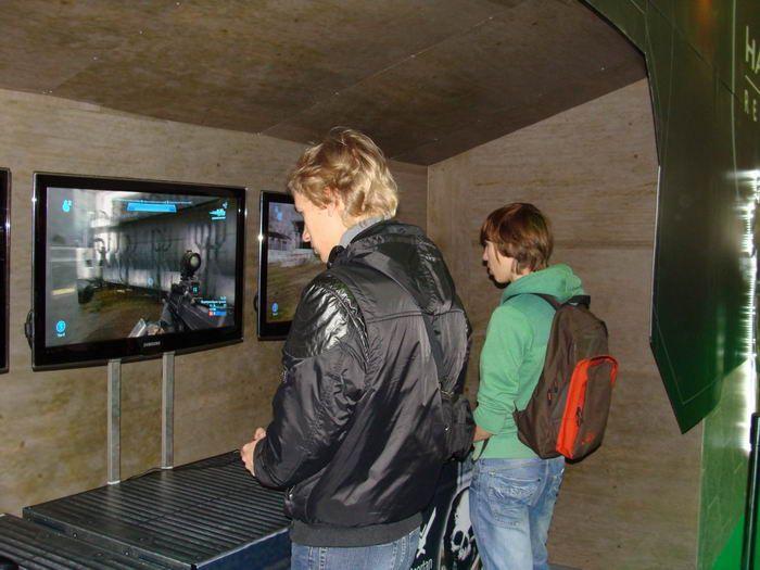 Фотоотчёт с выставки Игромир 2010 (100 фото)