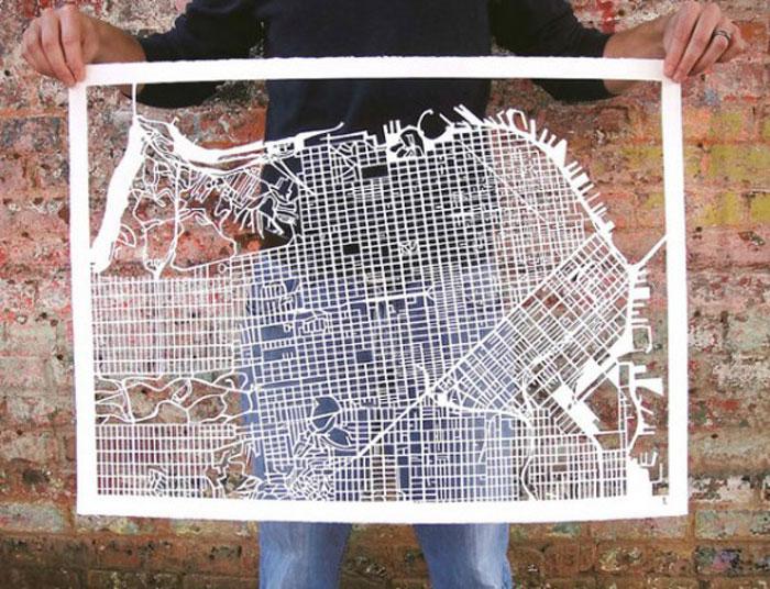 Карта города из очень необычного материала