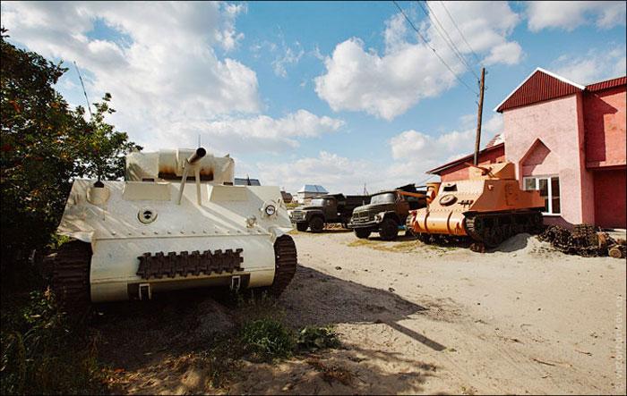 Музей танков в огороде