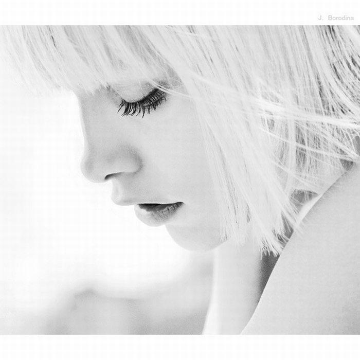 чёрно-белые картинки женщины