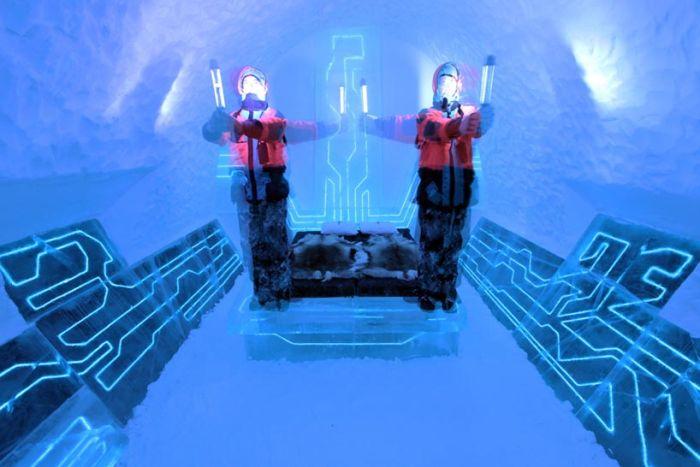 Ледяная гостиница в стиле фильма Трон: Наследие