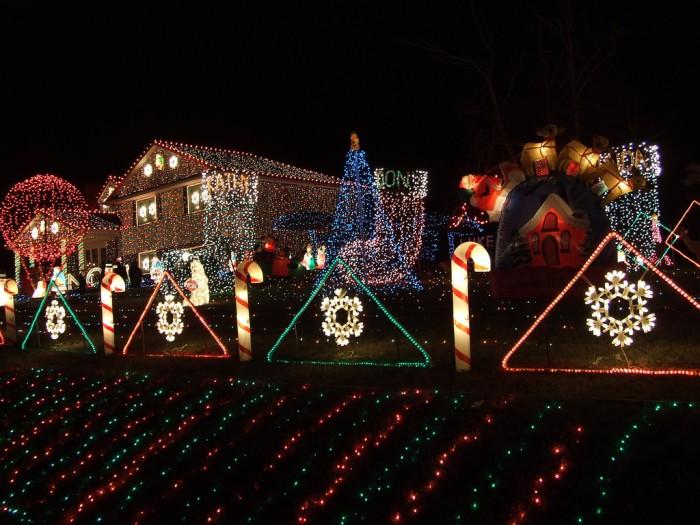 Сказочный дом на Рождество (5 фото)