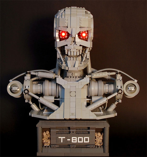 Терминатор из Lego (5 фото)