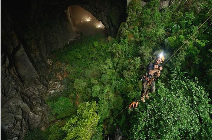 Покоряя бесконечную пещеру (18 фото)