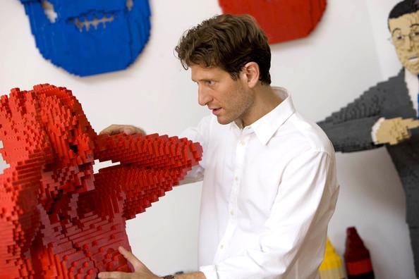 Скульптуры из LEGO от Натана Савайя