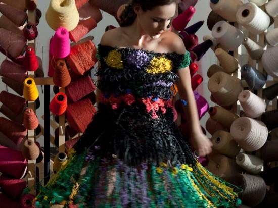 Платья из резиновых ленточек