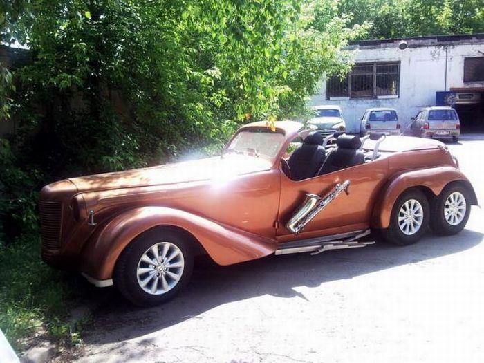 Супер трехосный Москвич-кабриолет