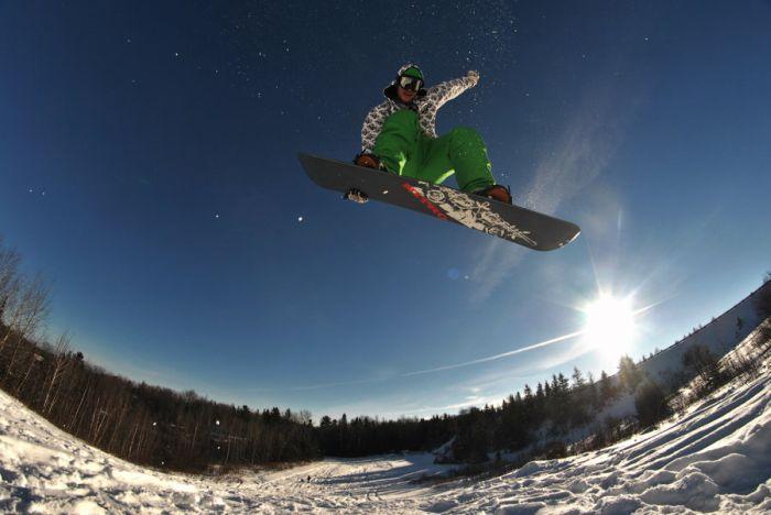 Фотографии сноубордистов и серфингистов