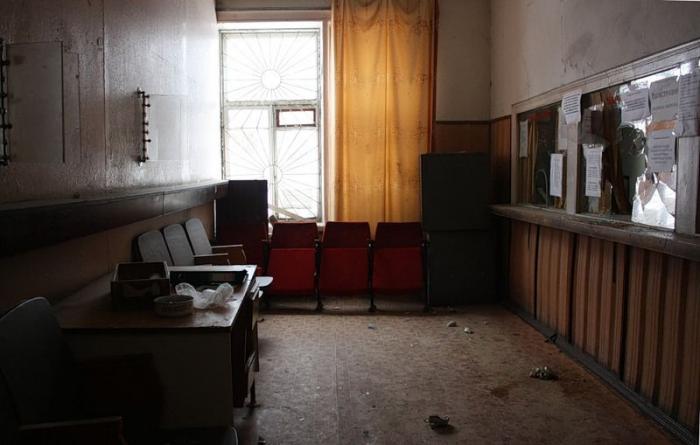 Заброшенное отделение милиции в Твери (25 фото)