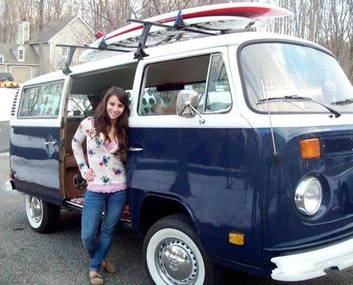 Девушка выиграла VW Microbus с помощью одного кадра (6 фото)
