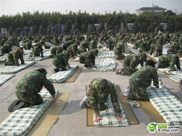 Интересная военная форма