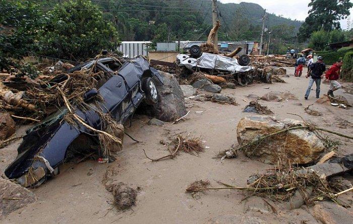 Наводнения и оползни в Бразилии (46 фото)