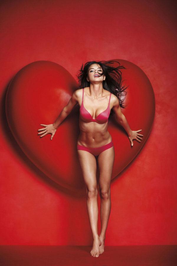 Подарок ангелов Victoria's Secret ко Дню Святого Валентина