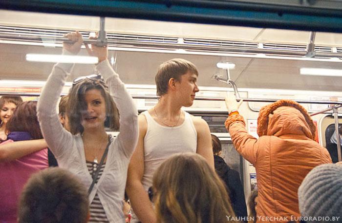 Раздетые в минском метро