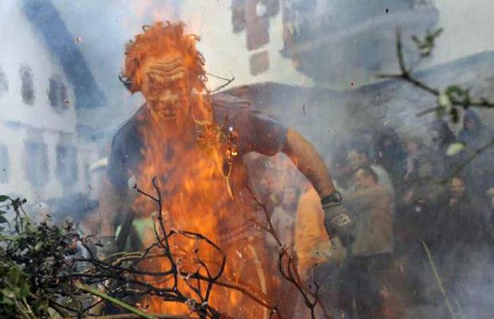 Дьявольский карнавал в Испании