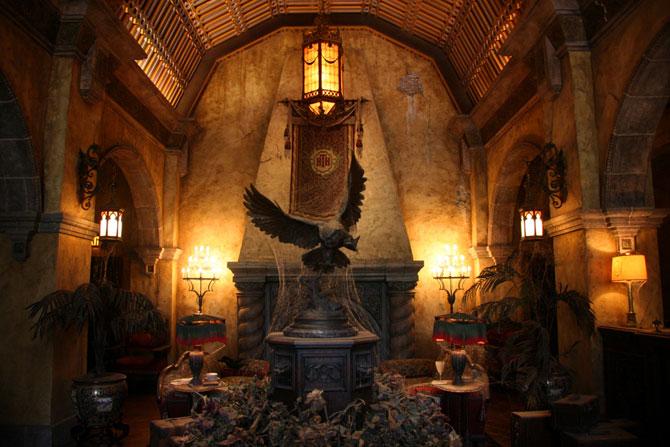 Знаменитый заброшенный отель в Калифорнии