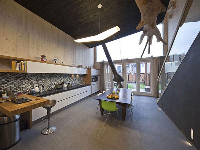 Деревянный дом в Нидерландах