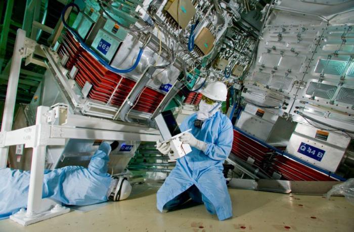 Научный комплекс лазерных термоядерных реакций (18 фото)