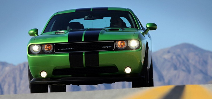 Dodge Challenger SRT8 (5 фото)