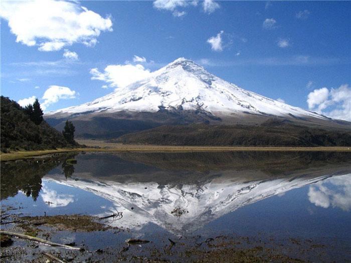 Cамые разные вулканы со всего мира