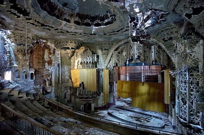 Заброшенные кинотеатры