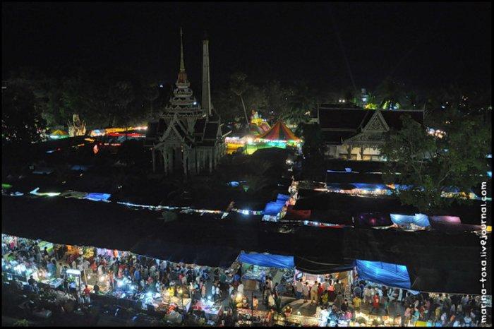 Ярмарка в Ват Чалонг