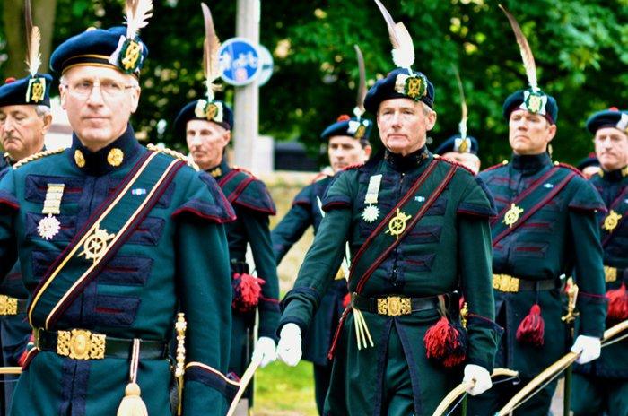 Военные из разных стран (9 фото)