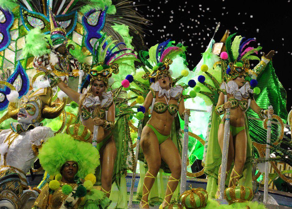 Моя заветная мечта - посетить карнавал в Рио-де-Жанейро. Бразильский