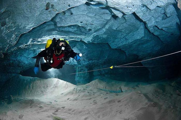 Подводная часть Ординской пещеры