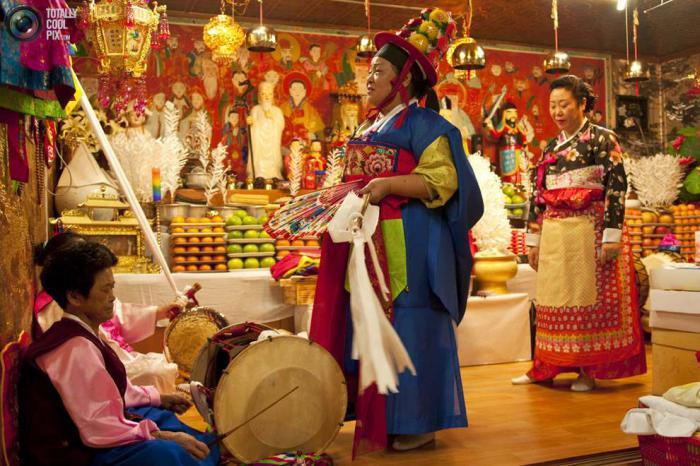 Шаманский ритуал в Северной Корее