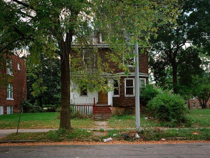 Заброшенные дома в Детройте (98 фото)