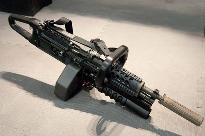 Модели необычного оружия (20 фото)