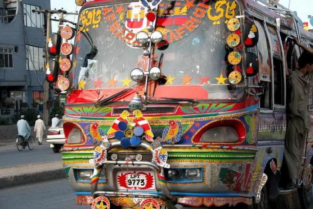Крутой тюнинг пакистанских автомобилей