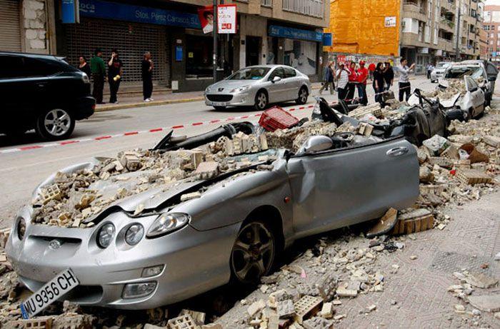 Землетрясение в Испании (17 фото)