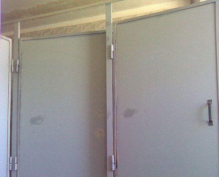 Строительный маразм в туалете одного офиса