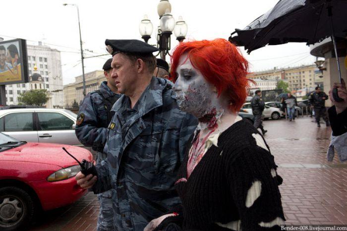 Зомби парад на Старом Арбате (35 фото)