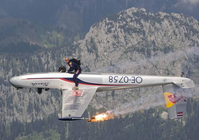 Сумасшедший парашютист 7 фото