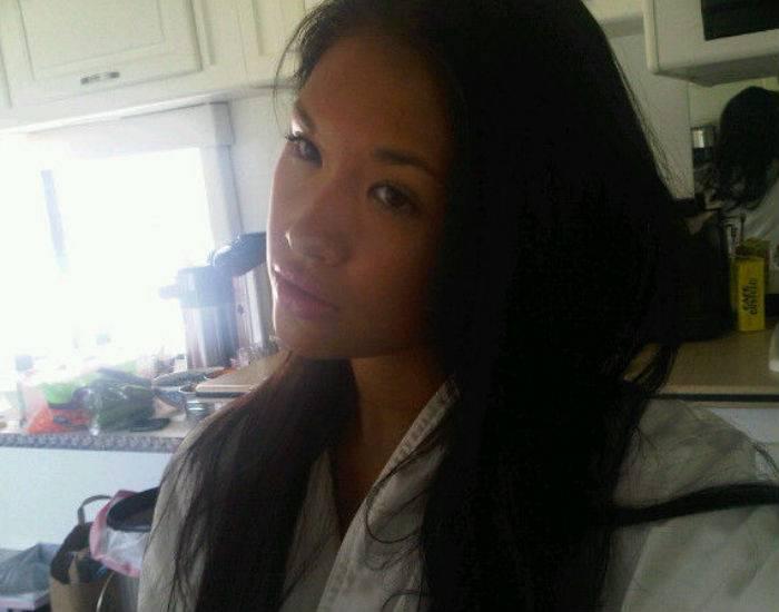 Горячая азиатская девушка