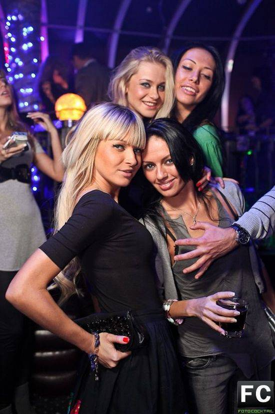 Секс в ночном клубе русская 24 фотография