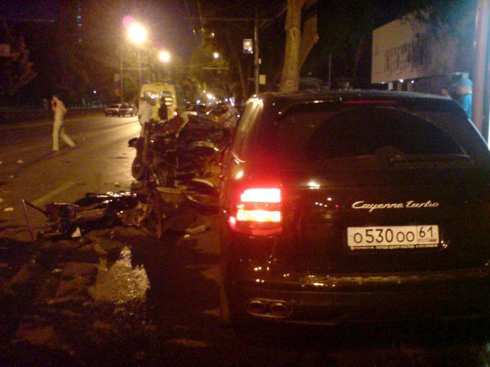 Страшная авария на Садовой (8 фото)