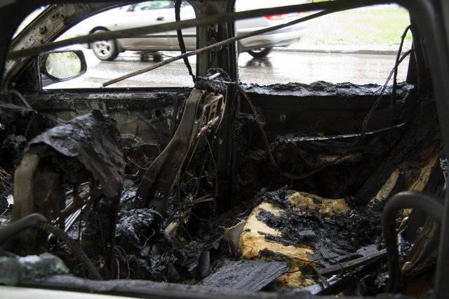 На Сиреневом бульваре сгорел Porsche Cayenne