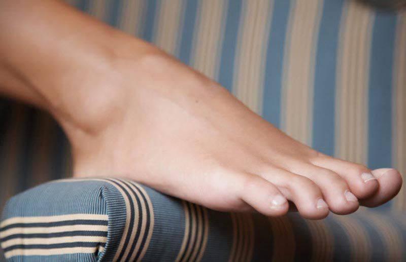 Фут фетиш с красивыми ножками фото 1 фотография