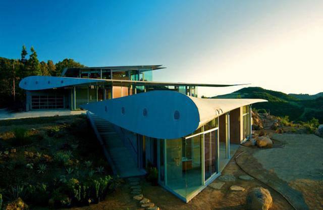 Дом из крыльев от студии David Hertz