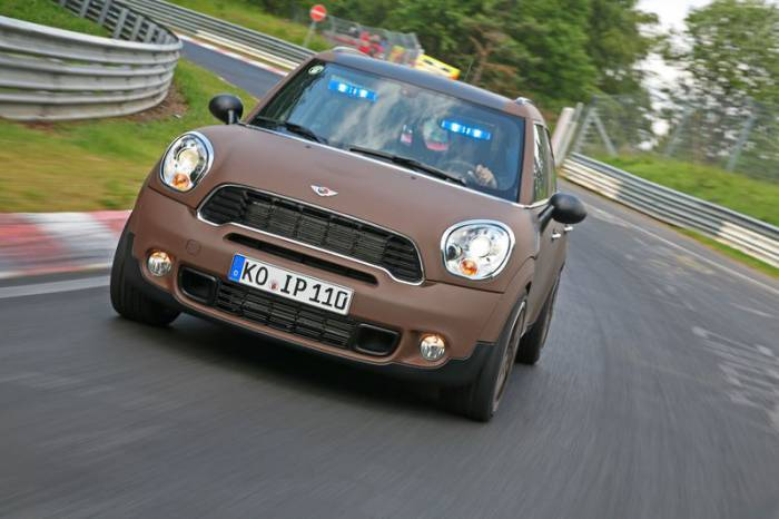 MINI Countryman 4x4 от Wetterauer Engineering (21 фото)