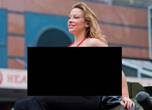 Американка Челси Чармз обладательница самой большой груди в мире (3 фото)