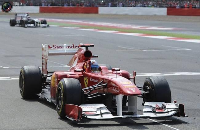 Формула 1 Гран-При в Великобритании (39 фото)