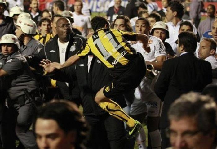 Массовая драка на футболе